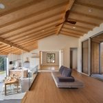 Contemporary House with Traditional Korean Architectural Elements