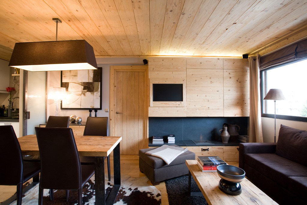 Small Apartment With Natural Wood Elements | iDesignArch | Interior Design, Architecture ...