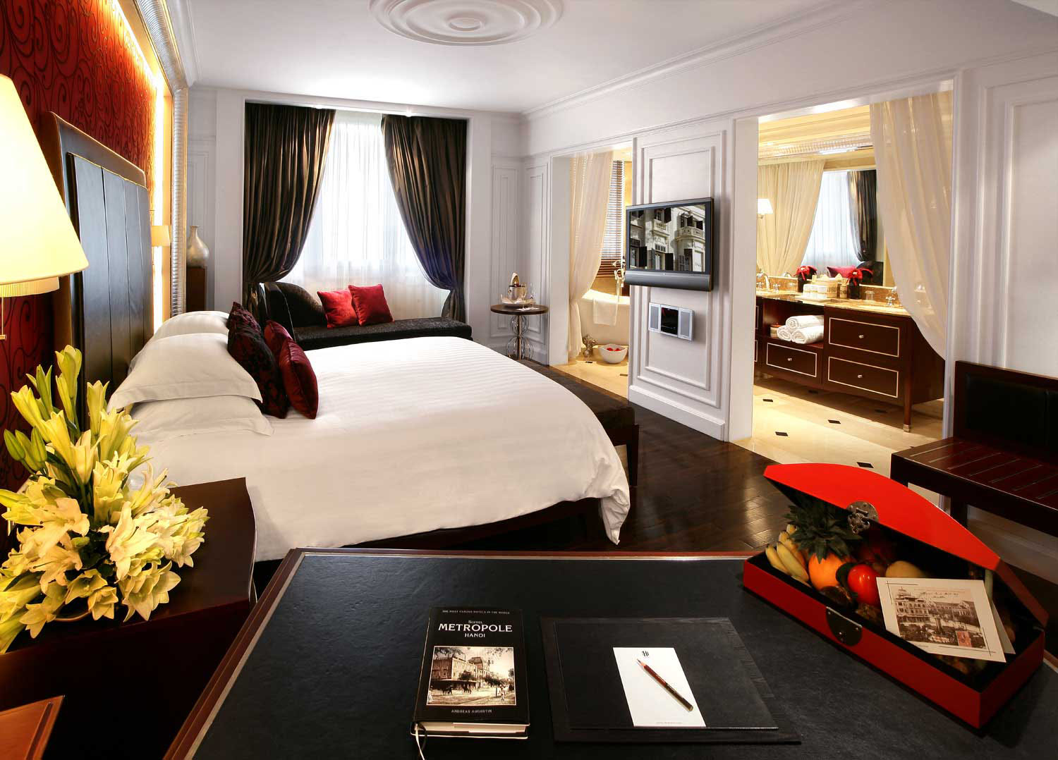hotel sofitel legend metropole hanoi french colonial