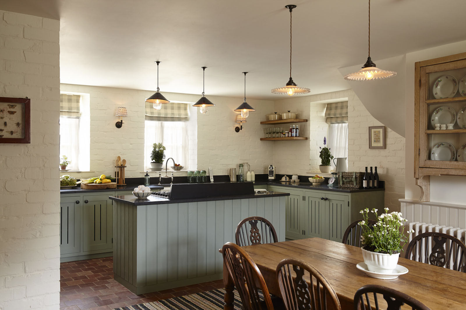 Farmhouse Country Kitchen