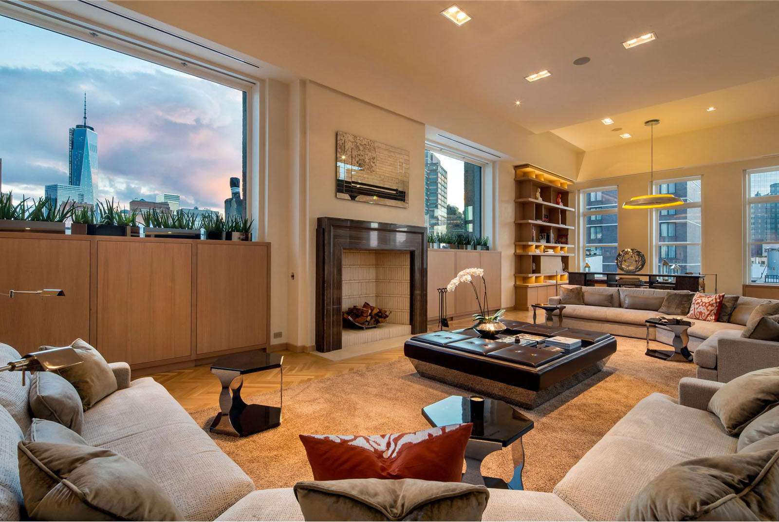 downtown manhattan penthouse apartment with view of freedom tower - Manhattan Penthouse Apartments