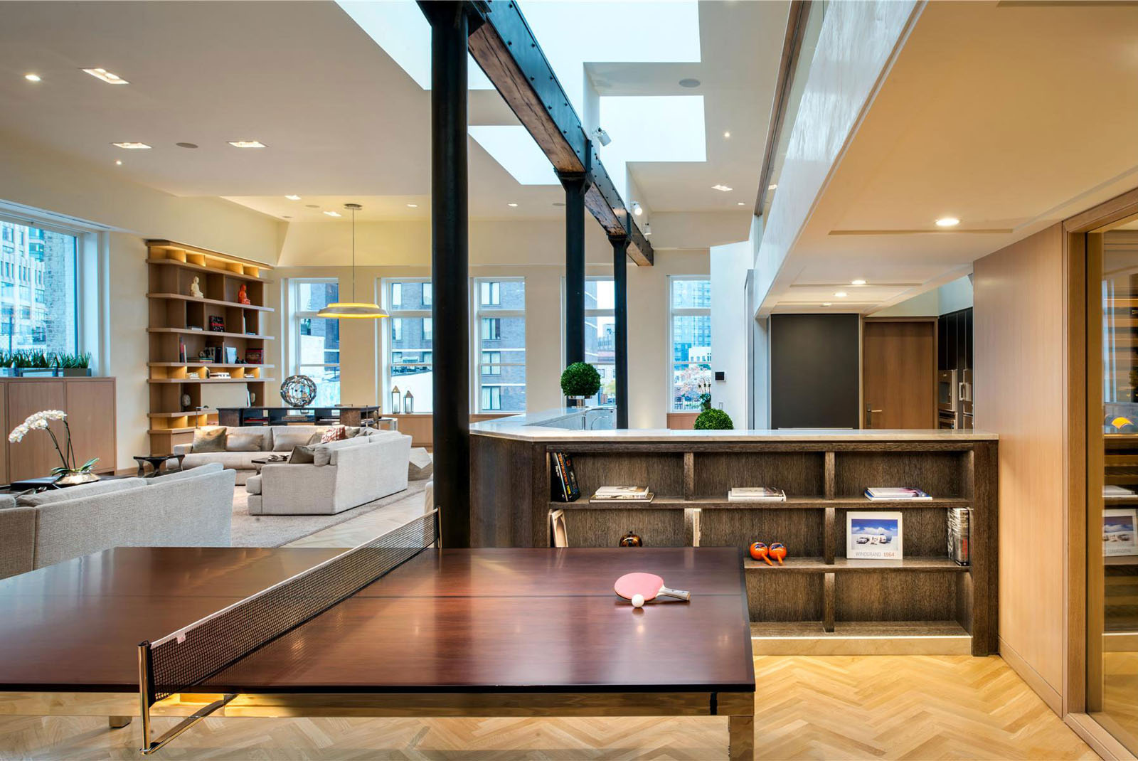 Exclusive lower manhattan penthouse loft in soho for Penthouse apartments in nyc