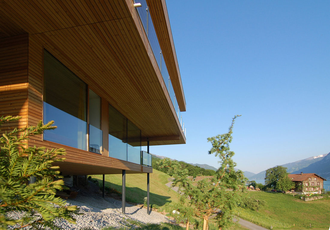 Modern house by the lake in switzerland idesignarch for Architecture suisse