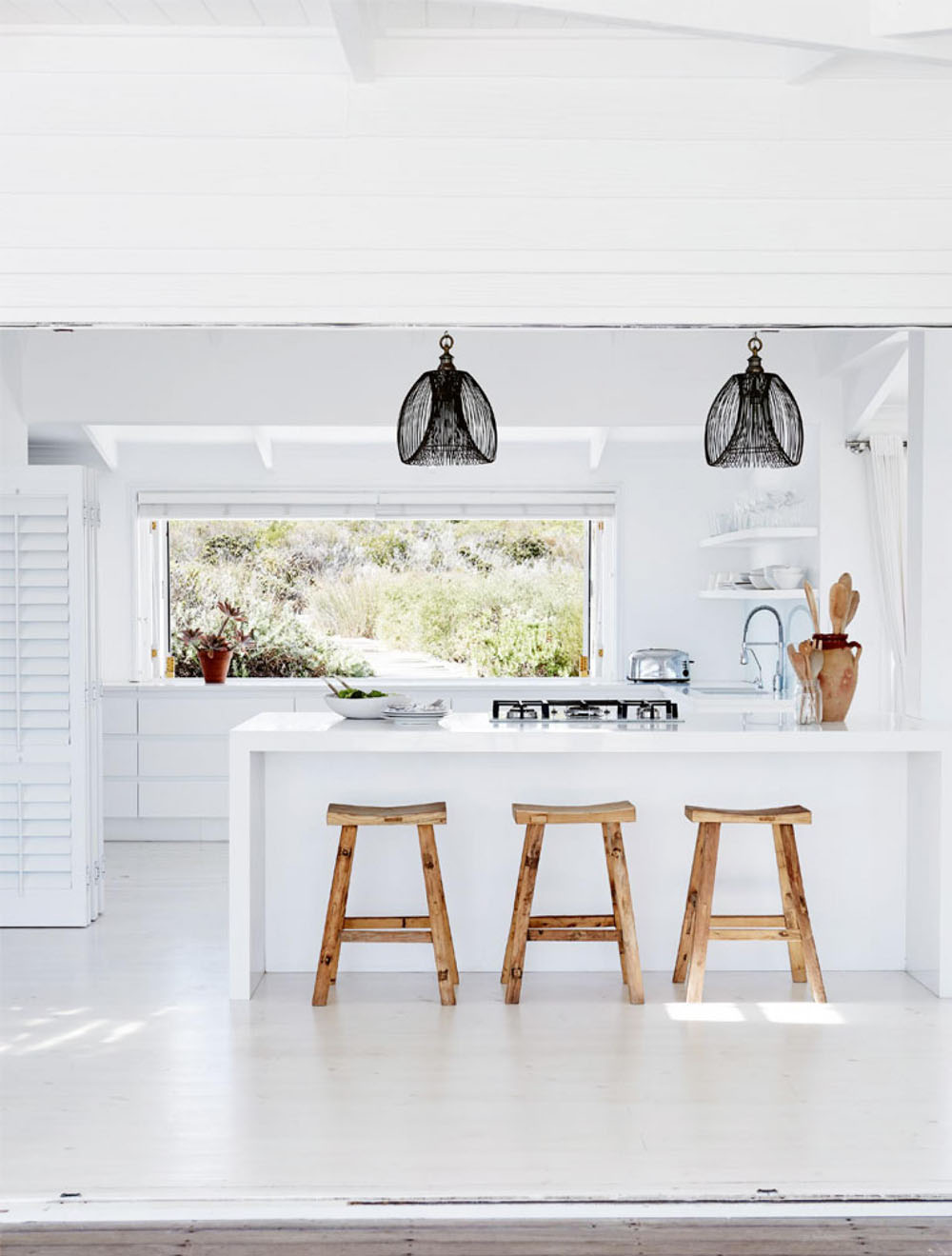 This Relaxed Contemporary Beach House Is The Ultimate