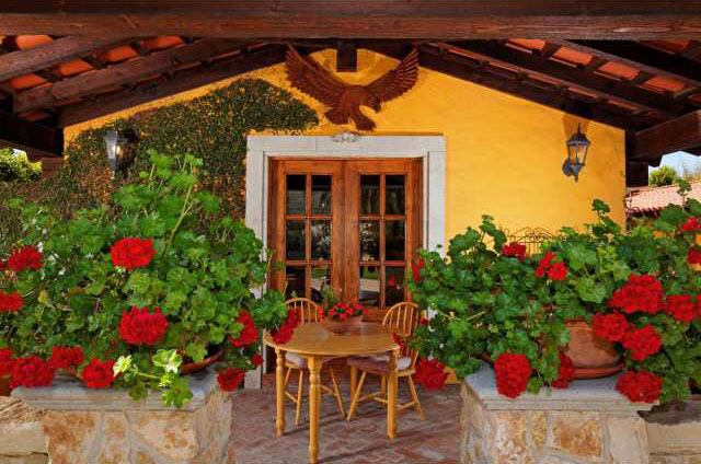 Spanish Colonial Hacienda-Style Home With A Touch Of Tuscany ...