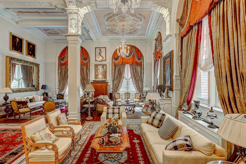 Elegant Luxury Contemporary Apartment