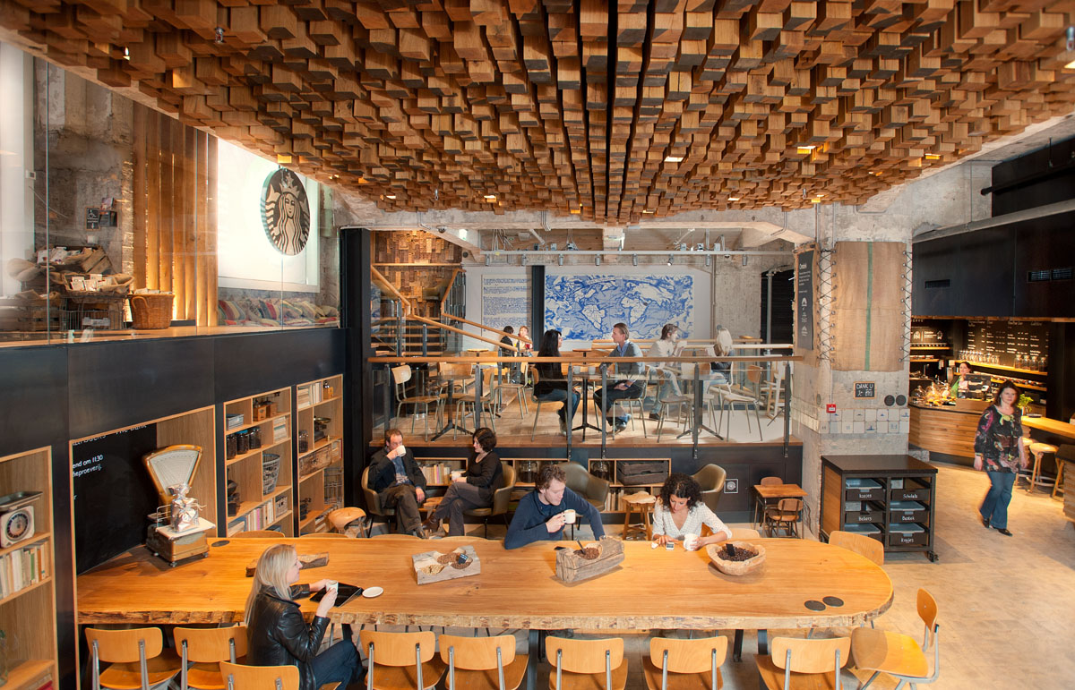 The bank a starbucks coffee theatre in amsterdam for Design shop de