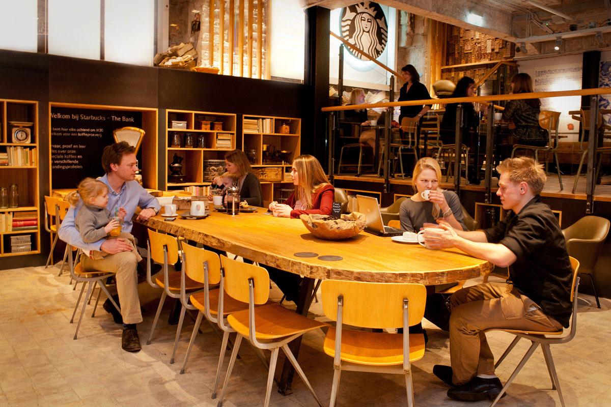 Starbucks-Concept-Store-Amsterdam