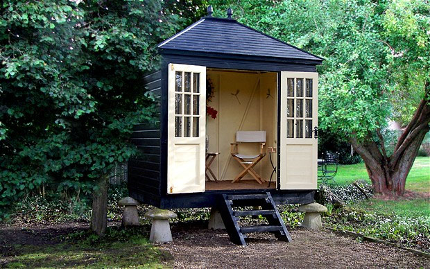 Tiny bespoke summerhouse idesignarch interior design architecture interior decorating - Summer house plans delight relaxation ...