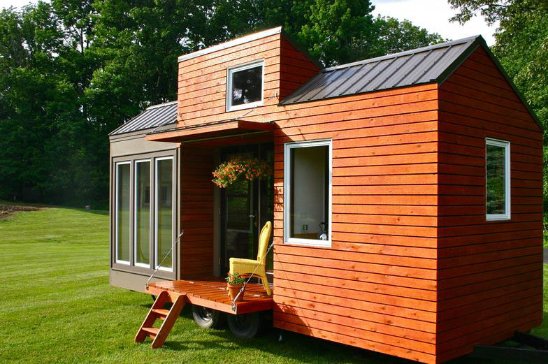 Modern Tiny House Interior: Rustic Modern Tiny House For Tall People