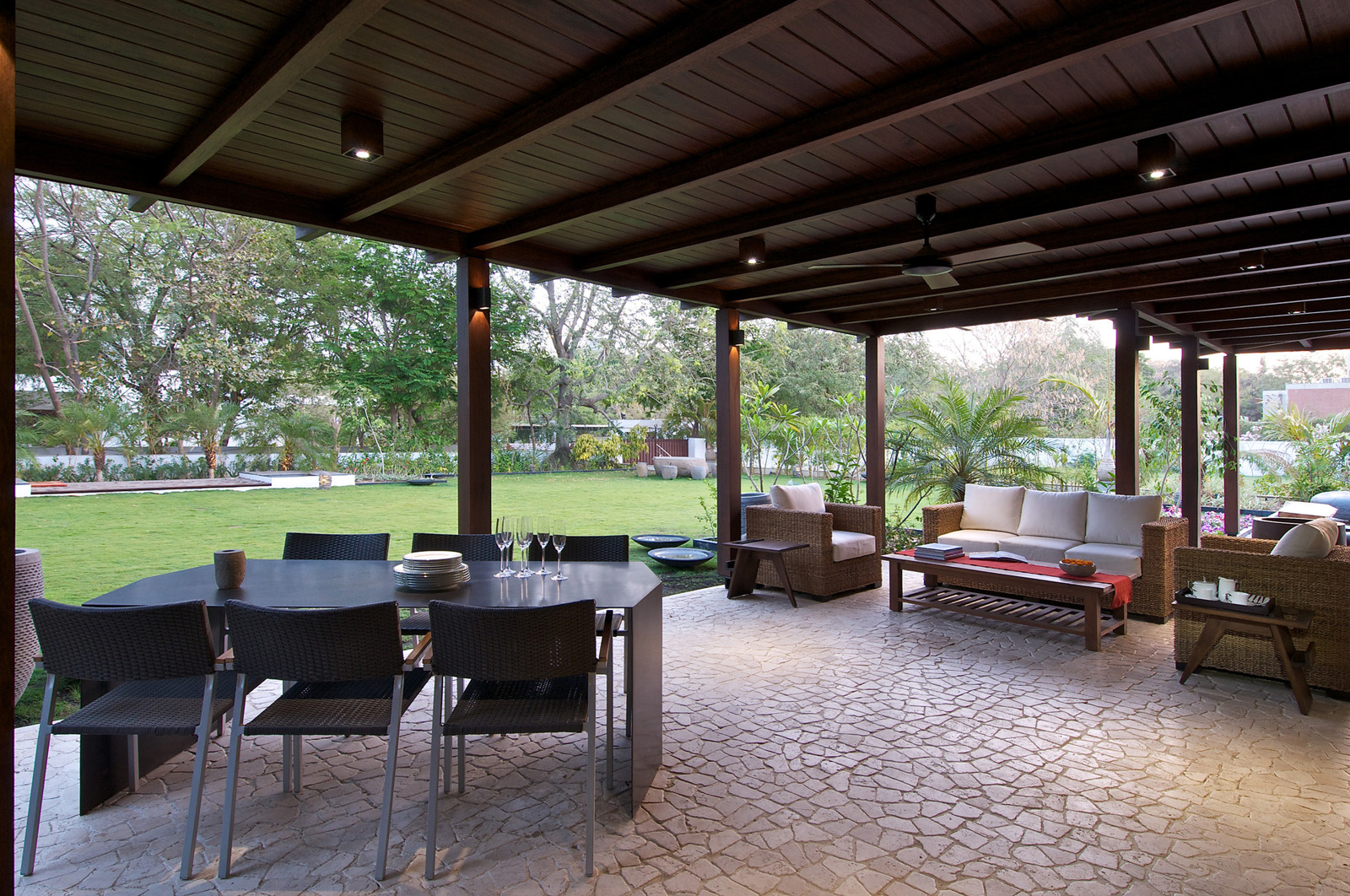 timeless contemporary house in india with courtyard zen garden recommended