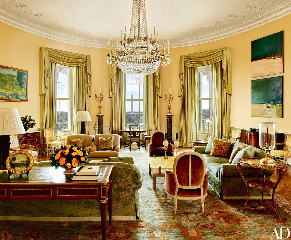 Inside the white house private residence of the obama for The white housse