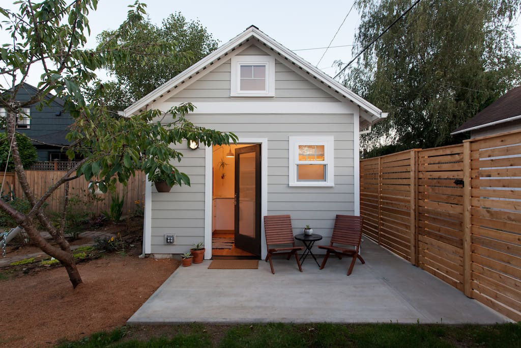 Tiny guest house portland 1 for Home plans with guest house