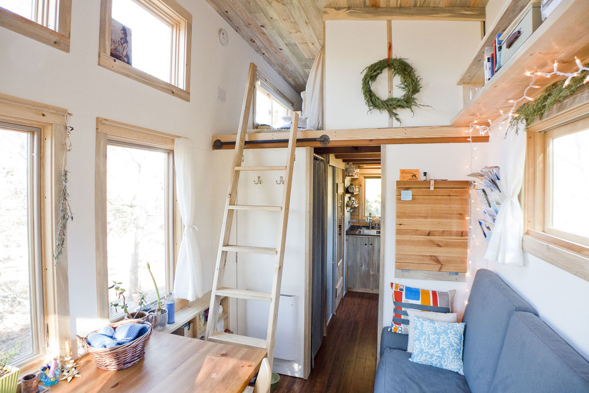 Little Houses On Wheels kellys impeccably designed tiny house. beautiful mini tiny house