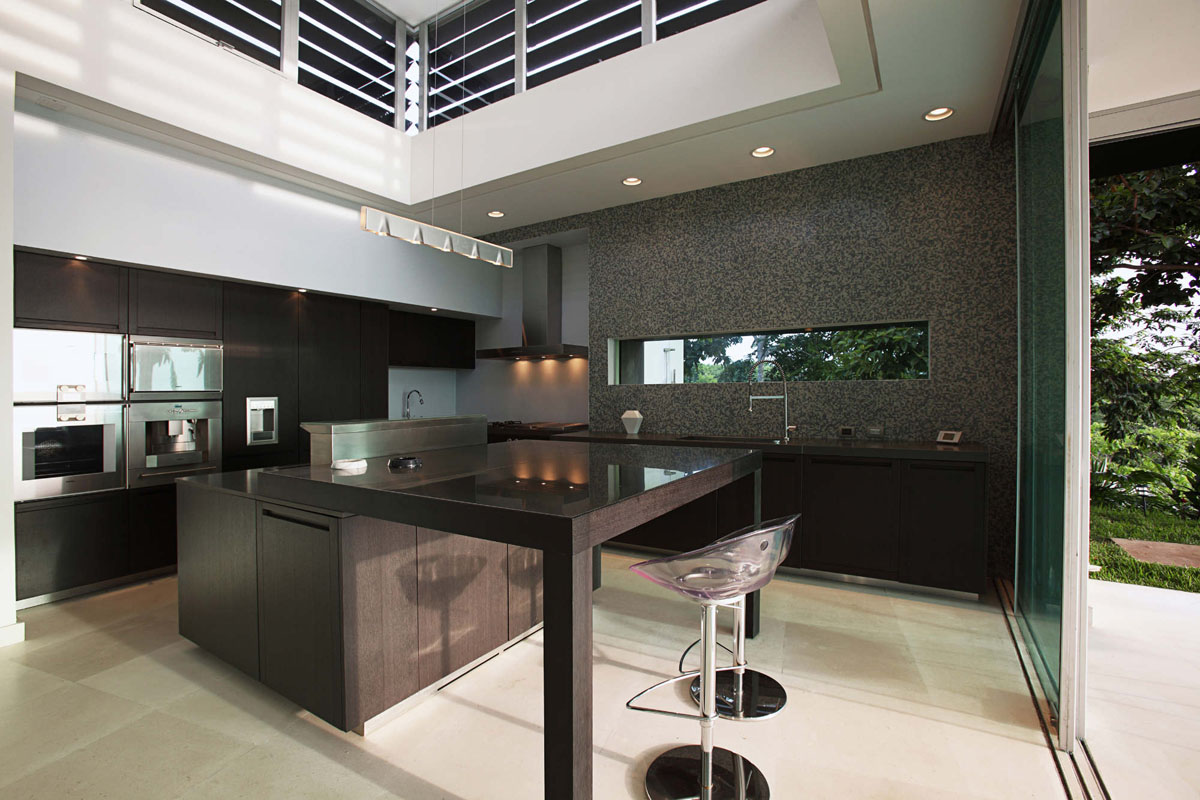 Triangle house in costa rica idesignarch interior - Cocinas de lujo modernas ...