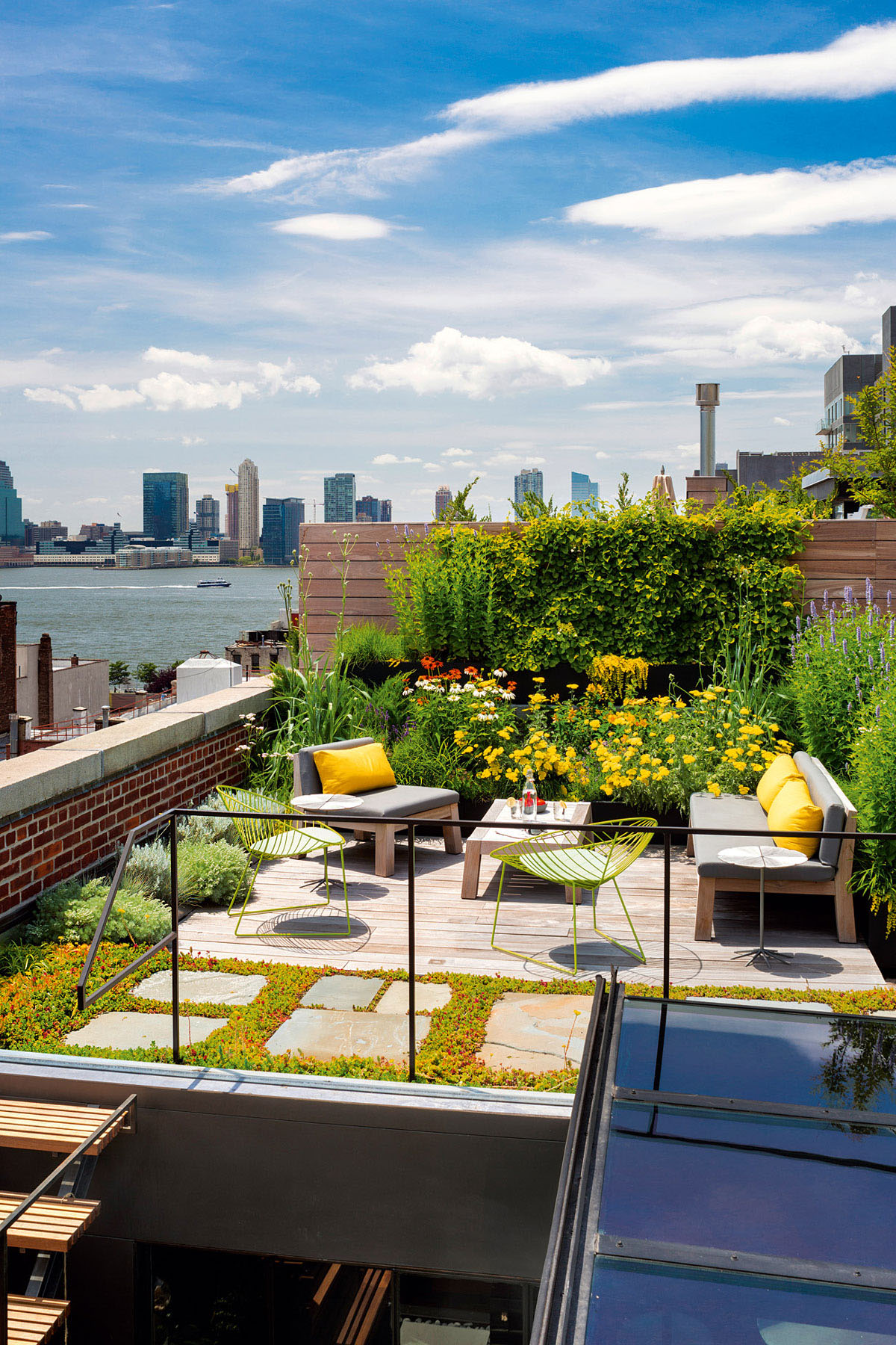 New York City Apartment Roof Garden
