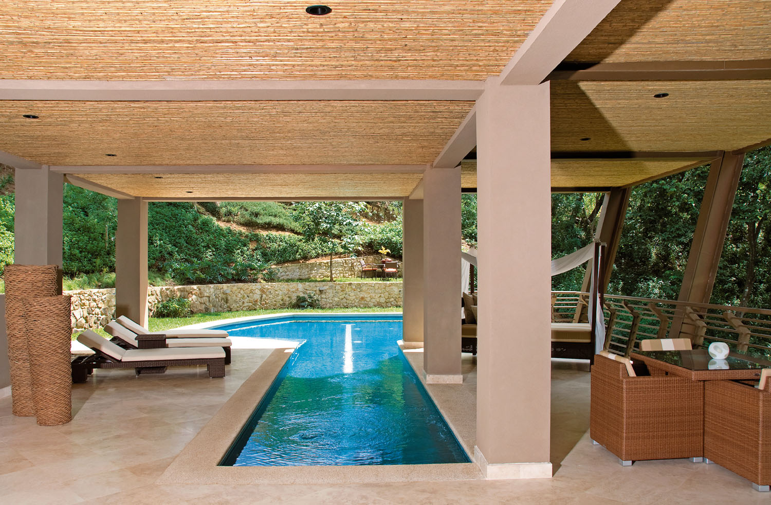 Hybrid Covered/Uncovered Swimming Pool
