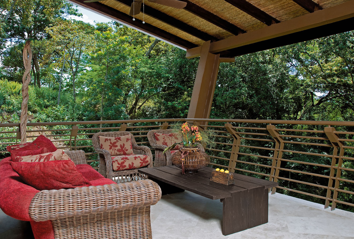 Award-Winning Luxury Vacation Home In A Tropical Forest ...