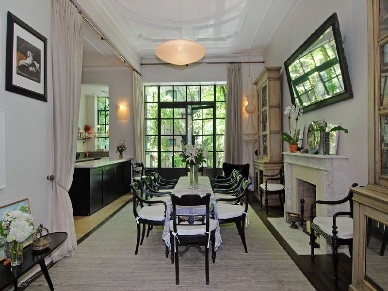 Uma thurman 39 s greenwich village townhouse for sale for Greenwich townhomes for sale