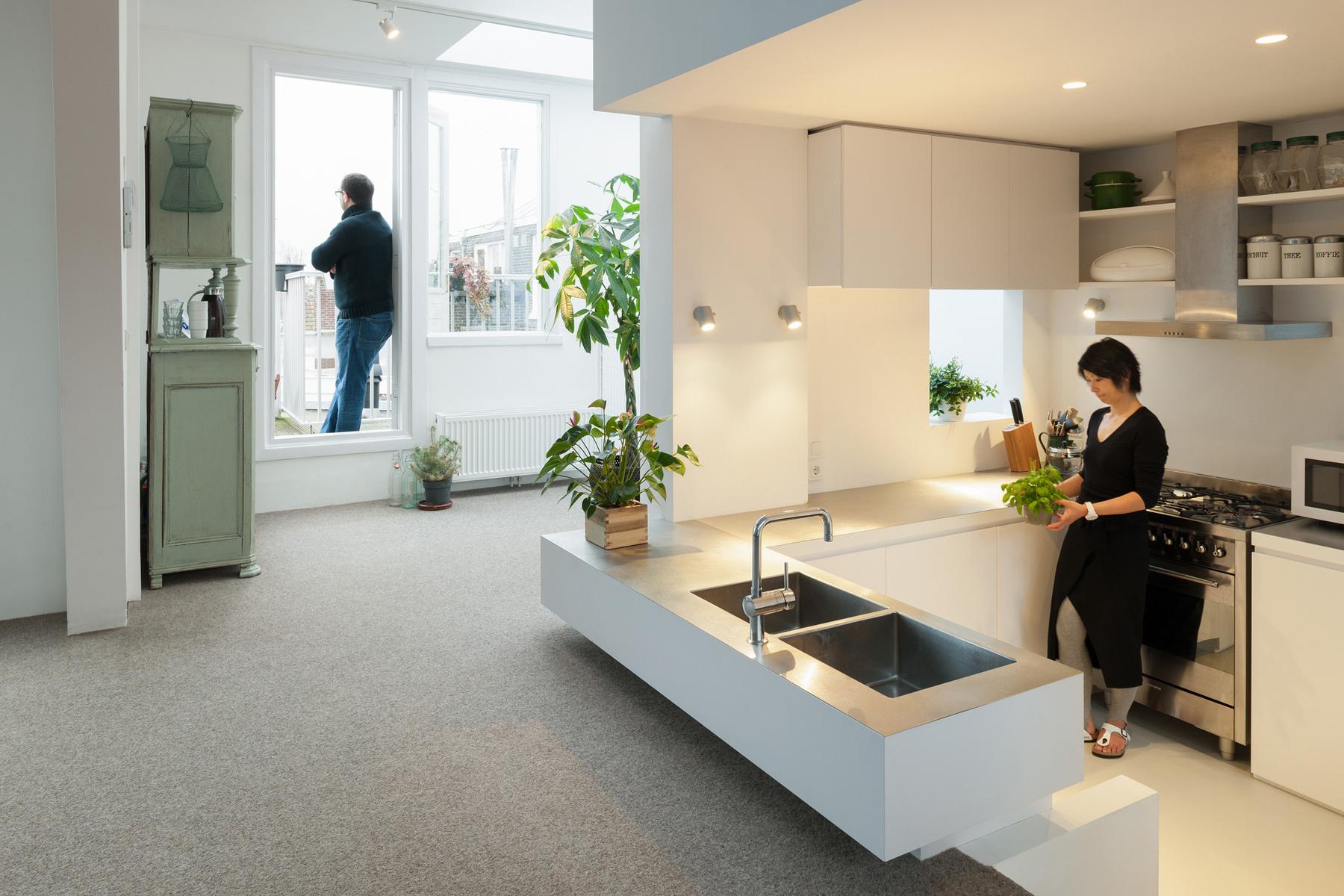Unique Modern Attic Duplex Apartment In Amsterdam With Clean