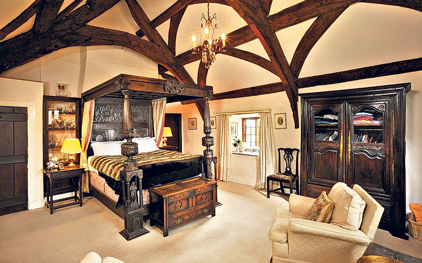period master bedroom - Master Bedrooms