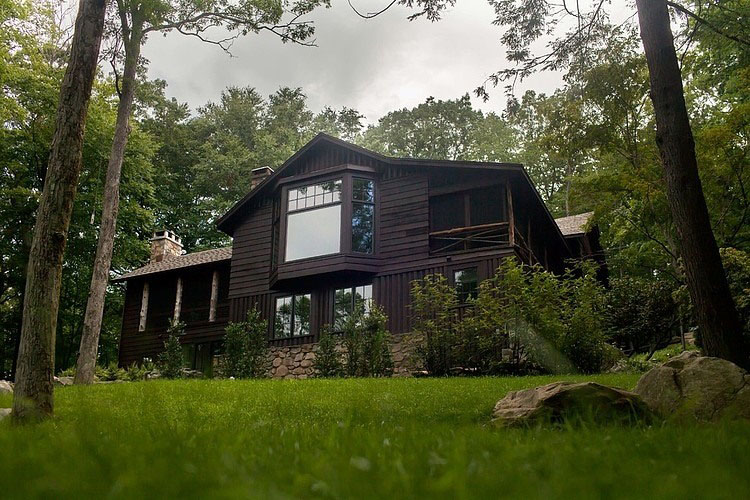 Timeless adirondack cabin in upstate new york for Upstate new york houses