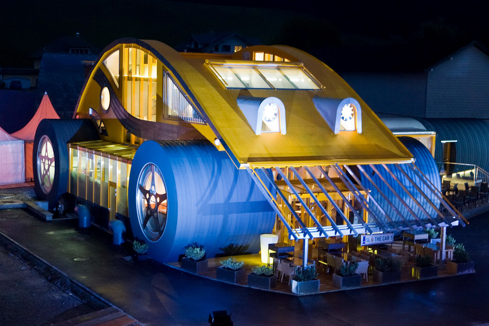 Vw beetle restaurant and bar in austria idesignarch for Car house