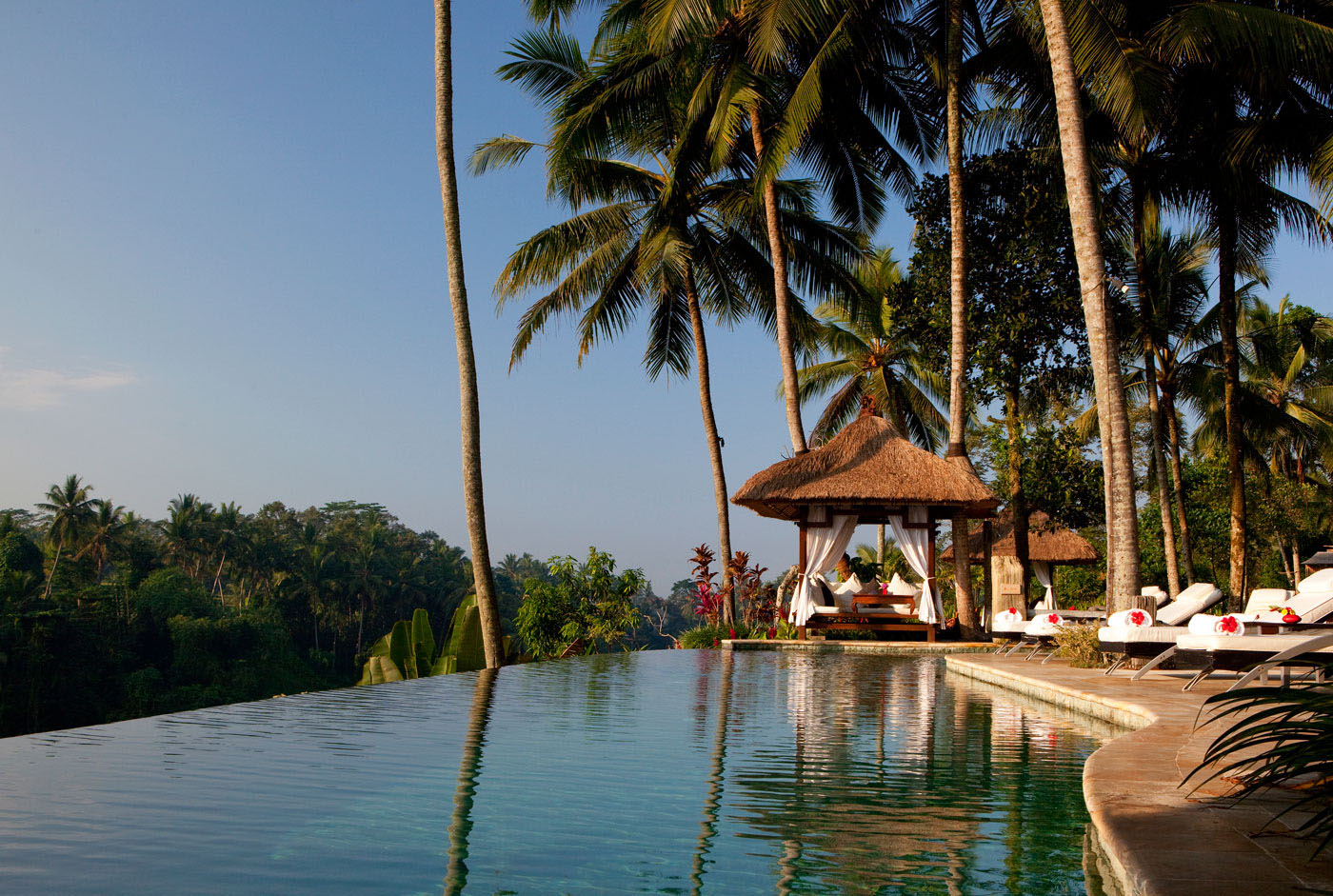 Romantic viceroy bali resort in ubud idesignarch for Top hotels in ubud bali
