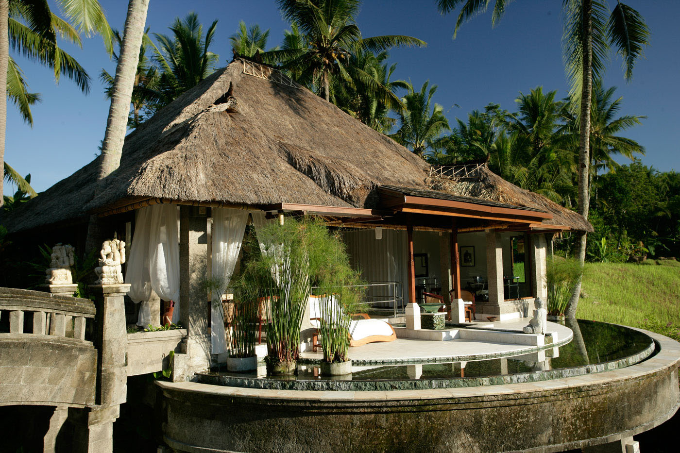 Romantic viceroy bali resort in ubud idesignarch for Design boutique hotel ubud