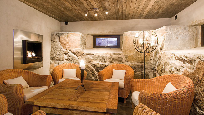 Villa Siberg - A Contemporary House With Rustic Wine Cellar ...