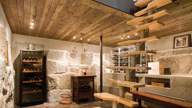 Villa siberg a contemporary house with rustic wine - Bodegas en sotanos de casas ...