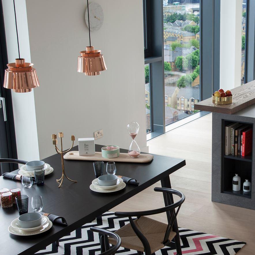 The Debonair Penthouse By A London Interior Designer: Luxurious London Penthouse With Metropolitan Flair