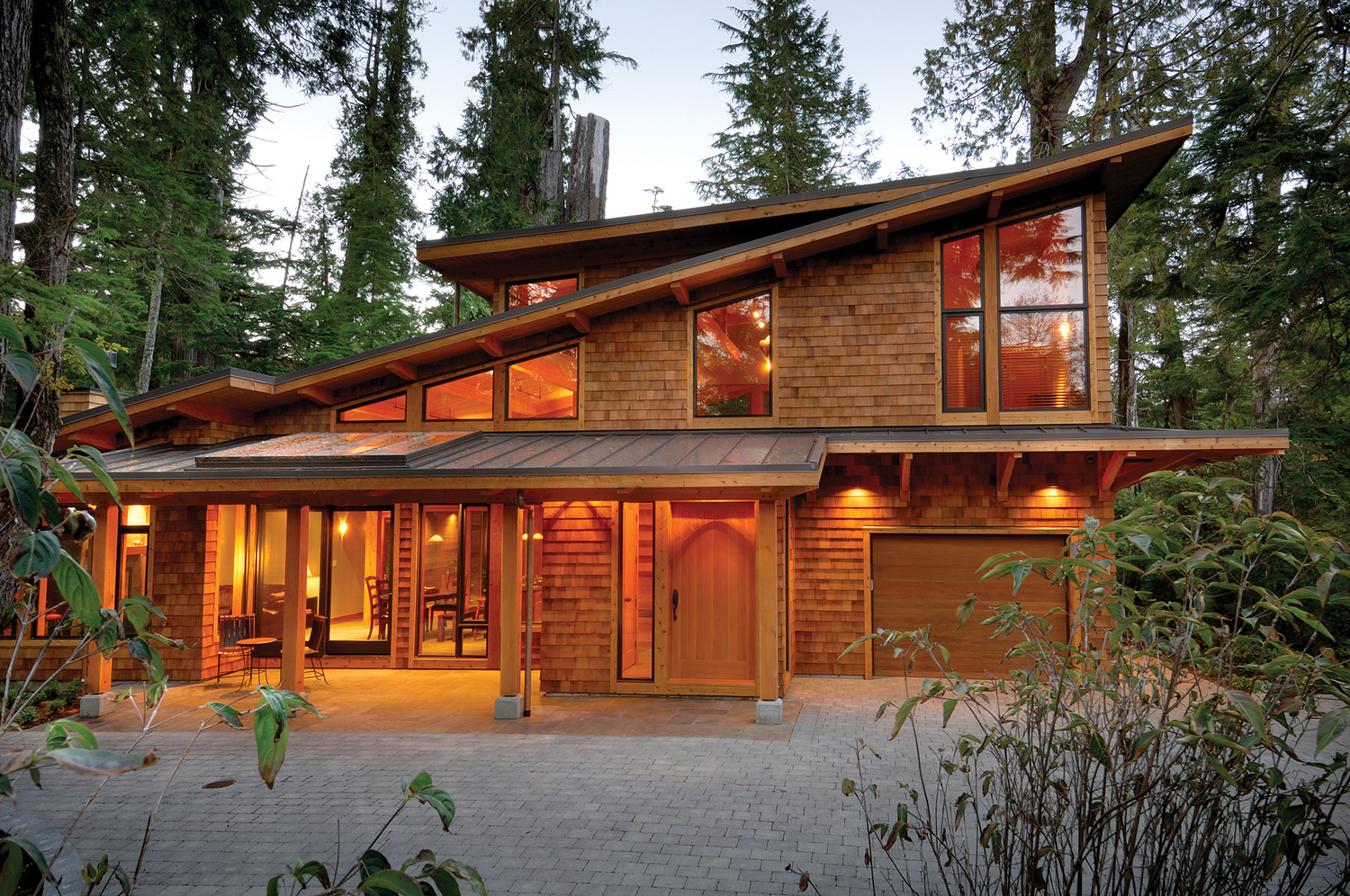 West Coast Decorating Style West Coast Style Modern Cedar Timber Cottage On Vancouver Island