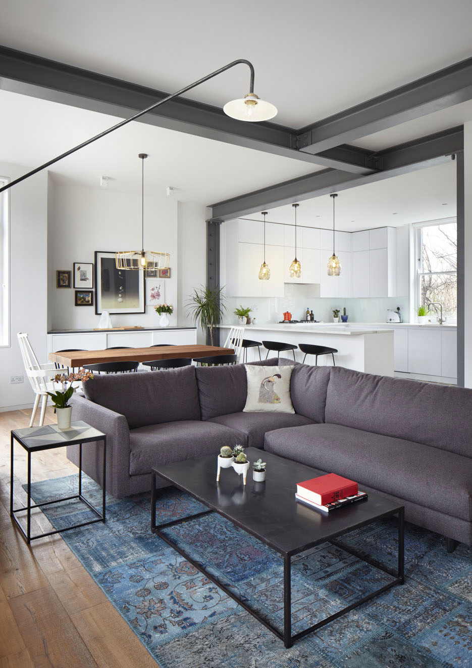Renovated Modern Apartment In A 19th Century Mansion Block