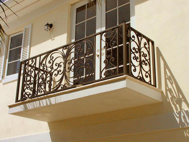 Wrought iron balconies with architectural appeal for Traditional balconies