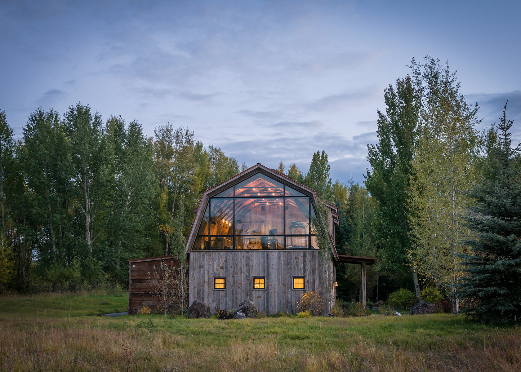 Barn House Interior Rustic Wooden Barn House In Wyoming With Modern Interior Elements
