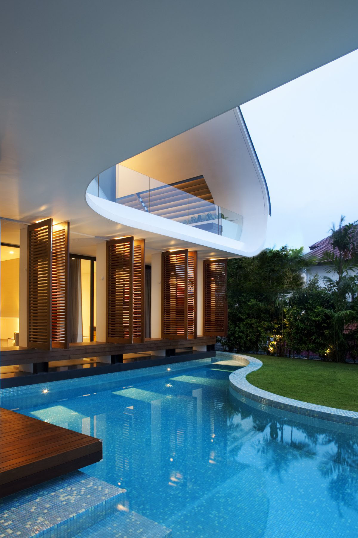 Yacht house design in singapore idesignarch interior - Modern house with pool ...