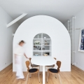 Multifunctional Theatrical Mobile Unit Creates Practical Living Space in a Micro Apartment