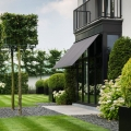 Sleek Contemporary Garden Design Blends Classic and Modern