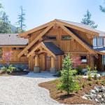Sunshine Coast Mountainside Log Home With Superb Craftsmanship