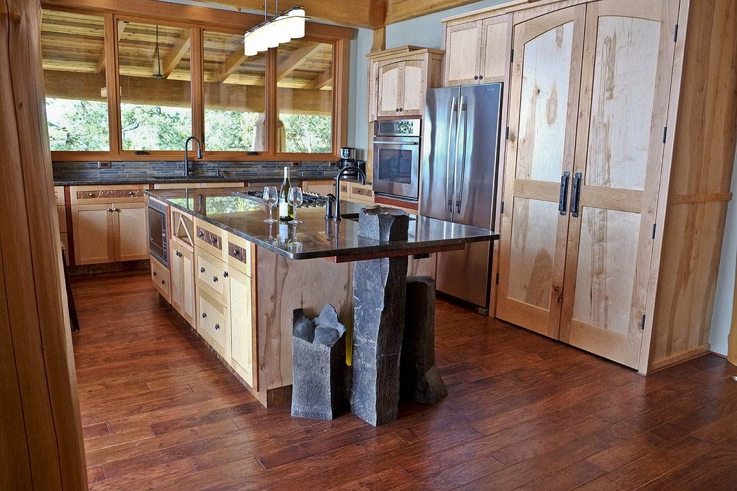 Log Home country Kitchen