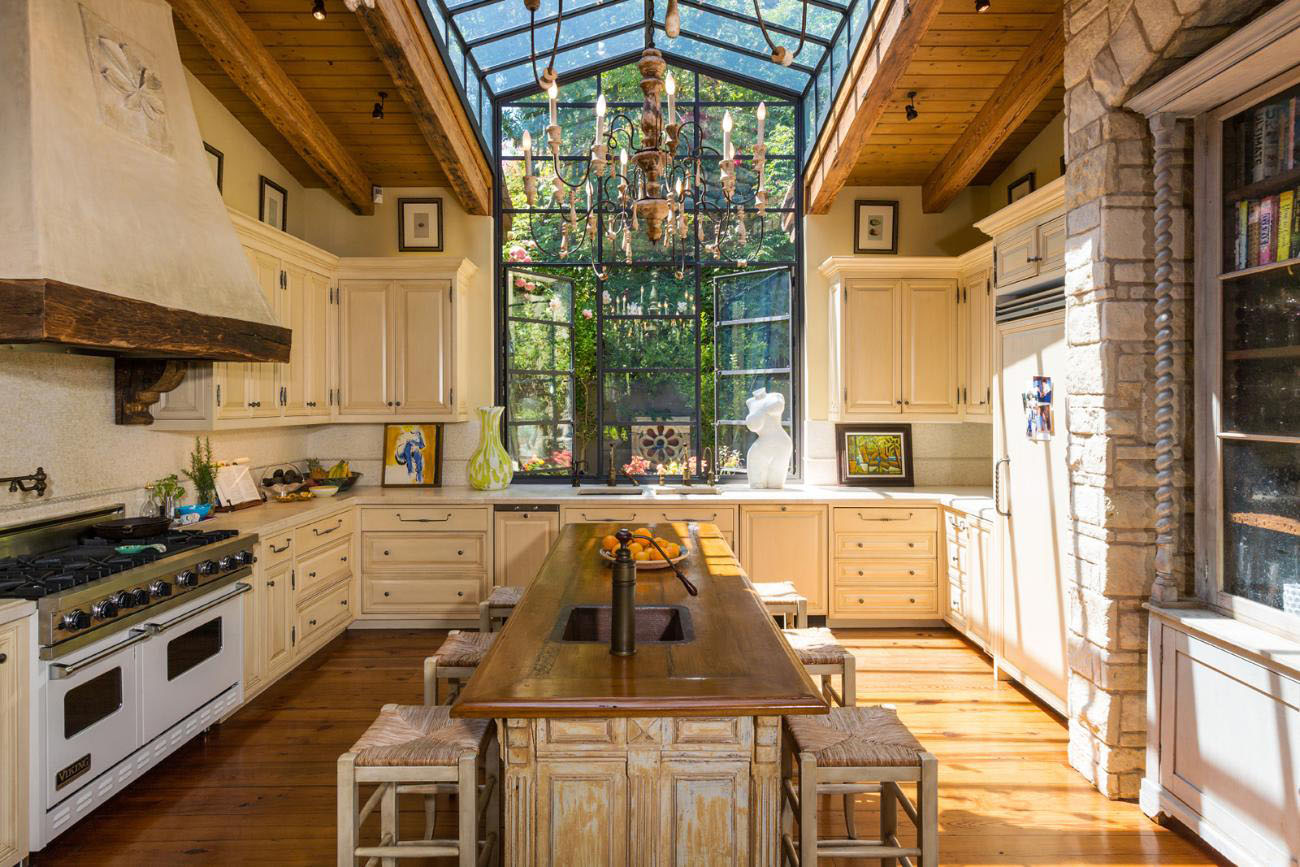 The 70 000 Dream Kitchen Makeover: Exquisite French Country Style Gated Mansion In Bel Air