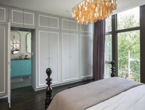Bedroom built-in closet secret door to the bathroom