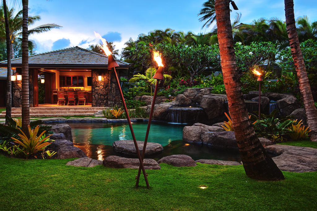 World Class Kailua Beach Front Estate In Hawaii