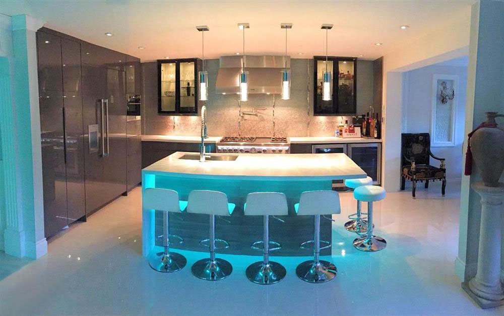 Modern High-End Luxury Kitchen