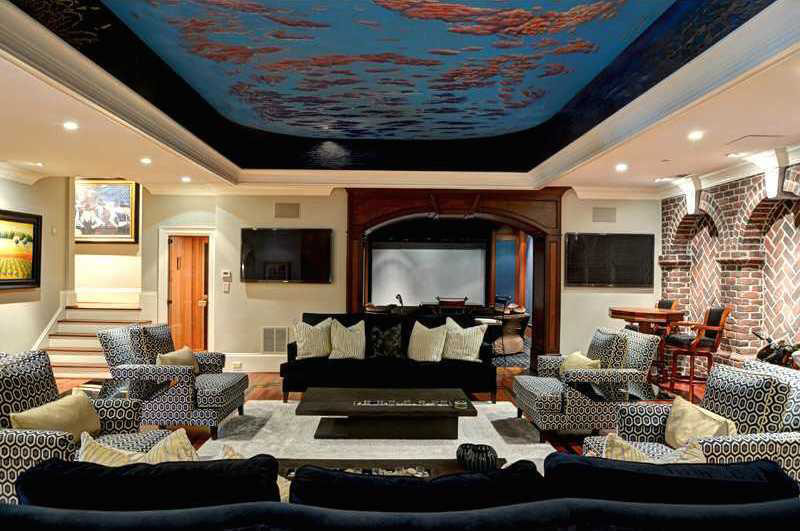 Luxury Home Basement Entertaining Room