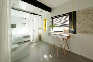 Smart Small Apartment Design