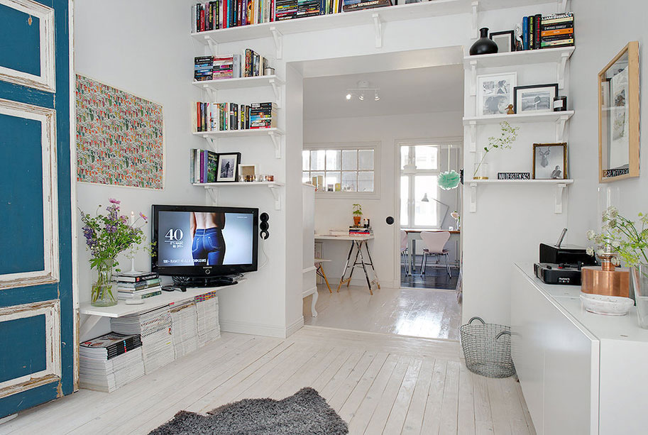 550 Square Foot Small Apartment