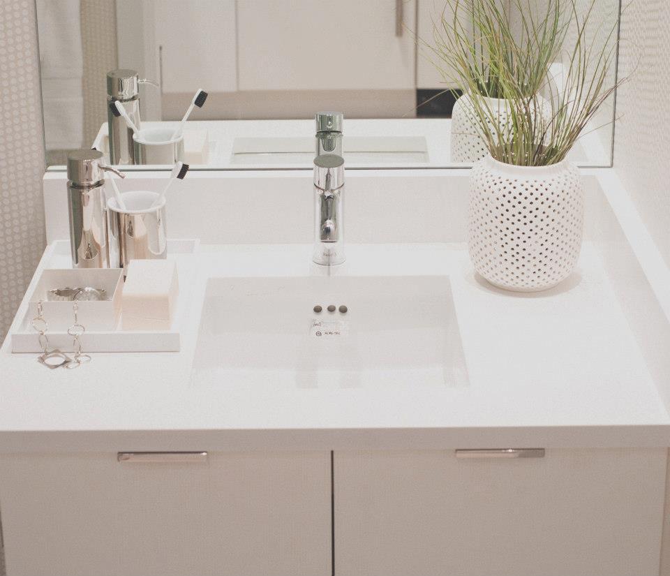 Condominium Apartment: Stylish And Functional Suburban Small Condo Apartment