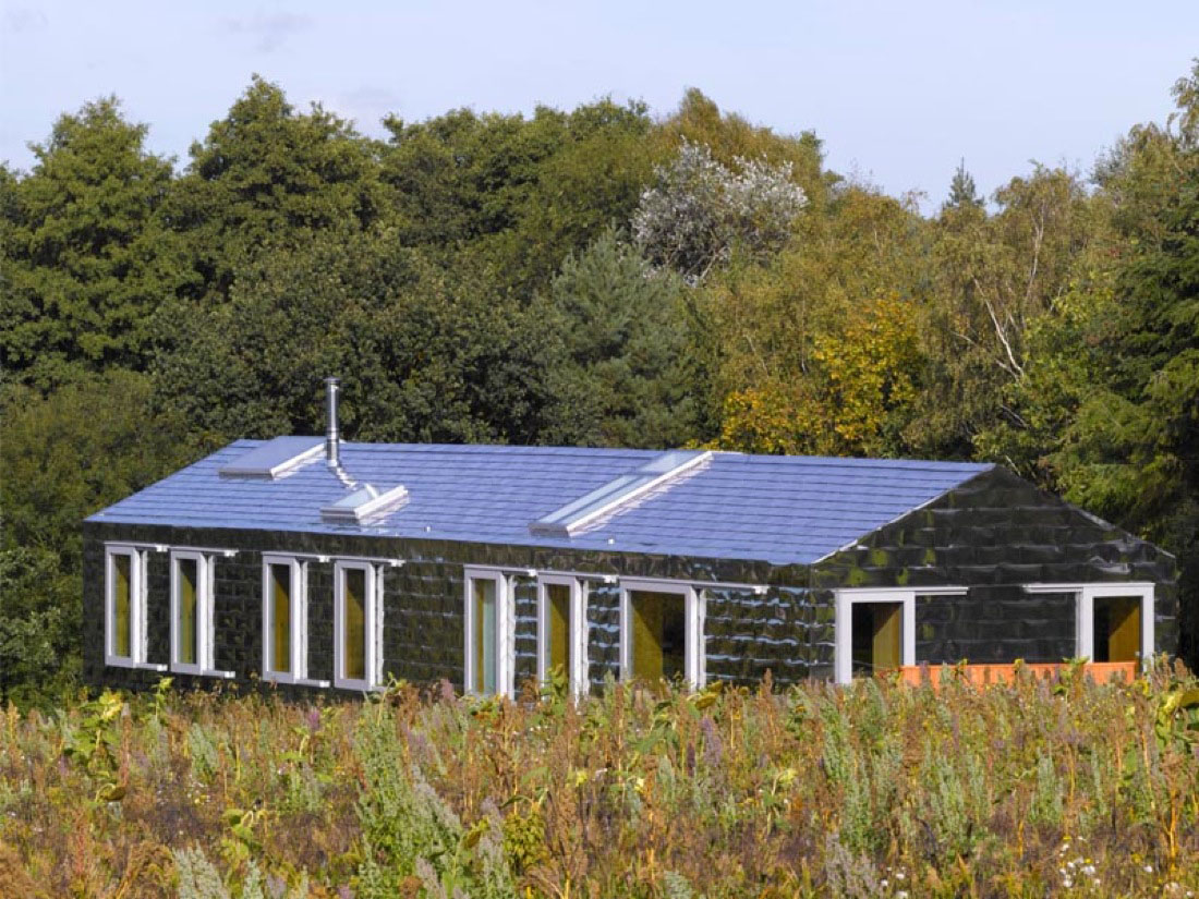 Balancing Barn An Energy Efficient Modern Country House